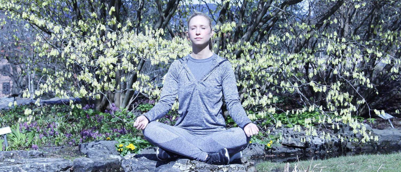 Yoga og mindfulness for unge i sommerferien hos Gaia Yoga